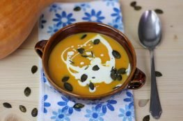 Pumpkin soup with pumpkin seeds
