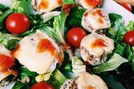 Stuffed mushrooms salad