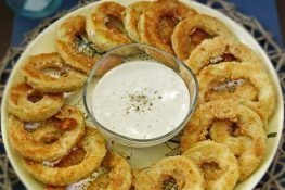 Fried zucchini rings