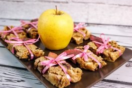 Gluten-free apple bars