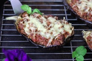Eggplant stuffed with minced meat