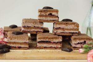 Ciasto na herbatnikach z budyniem czekoladowym