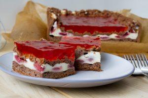 ciasto truskawkowe z pianką