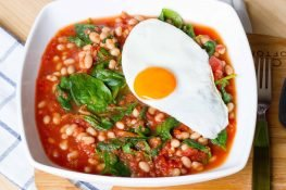 Beans and spinach in tomato sauce
