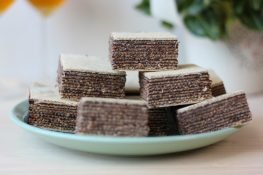 Wafer with chocolate cream