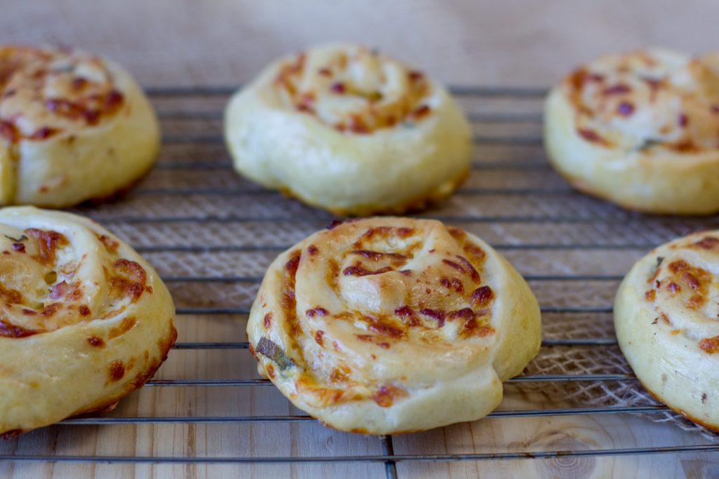 Buns with bacon