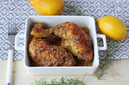 Chicken in honey and lemon marinade