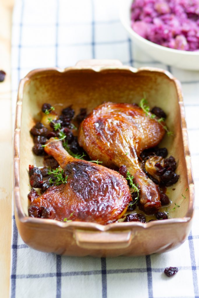 Duck legs with cranberries