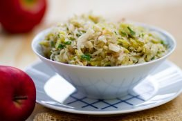 Sauerkraut salad with apple