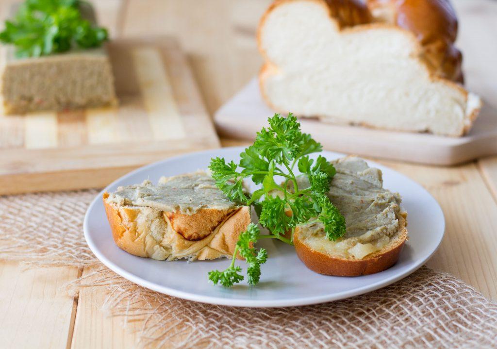 Green lentil pâté