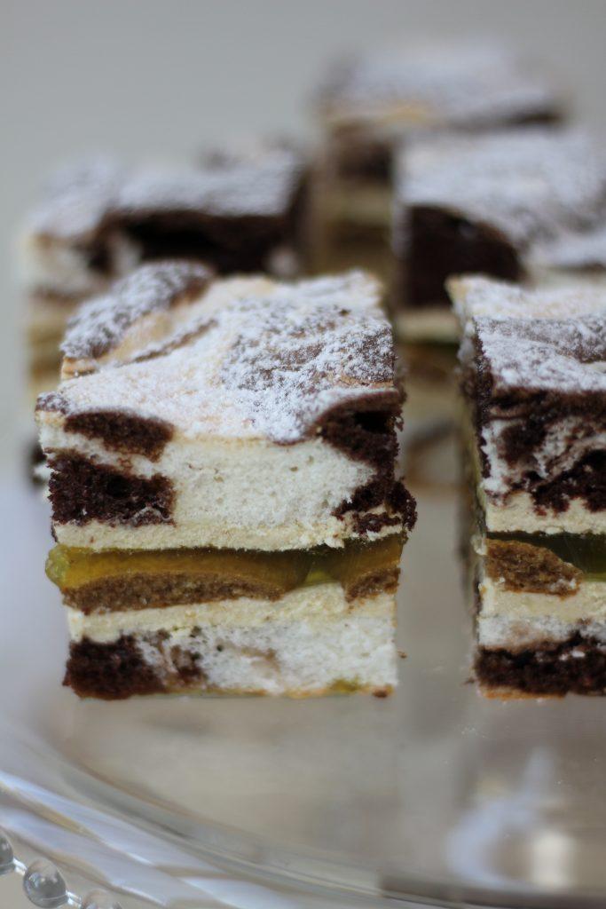 Fluffy countess cake with cream