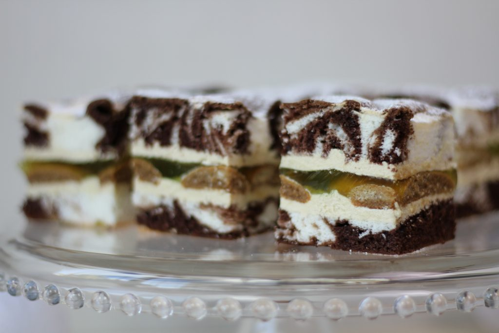 Fluffy countess cake with biscuits, jelly and cream