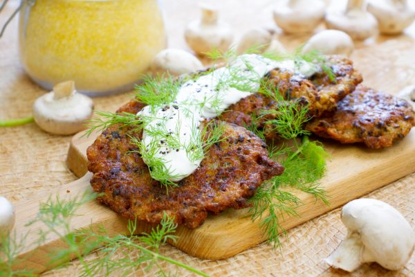 Fritters with mushrooms and polenta