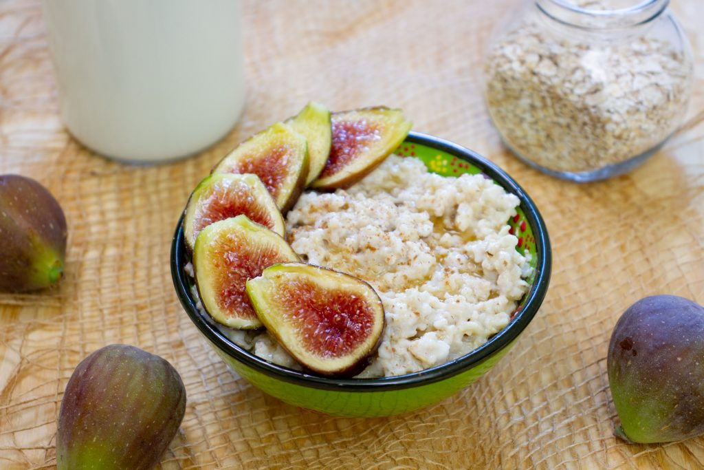 Oatmeal cooked with milk